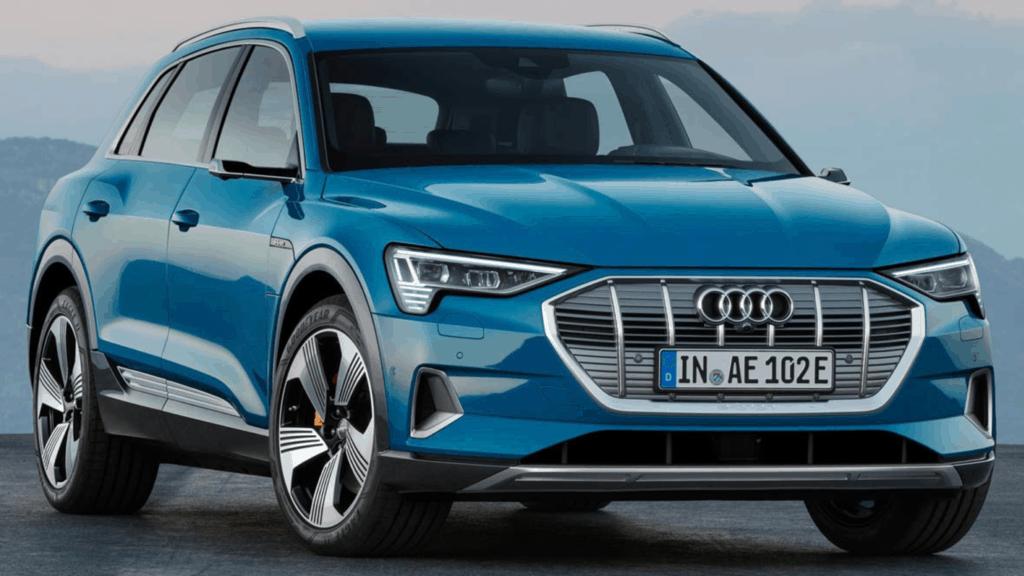 Audi E-tron bleue