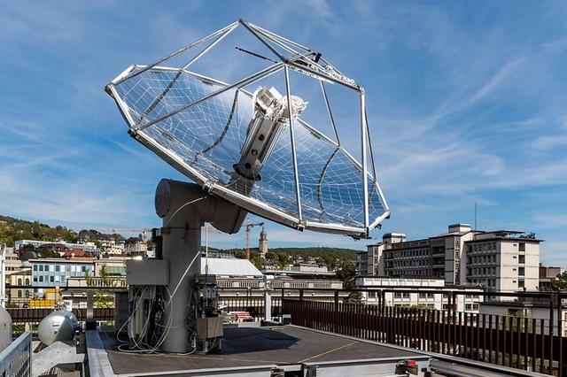 panneau solaire sur un toit à Zurich pour produire du carburant