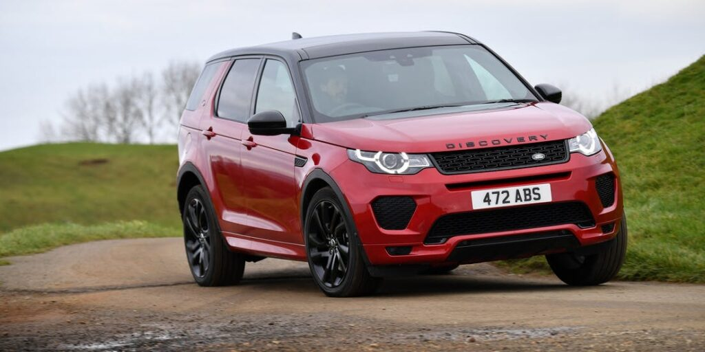 Land-Rover-rouge